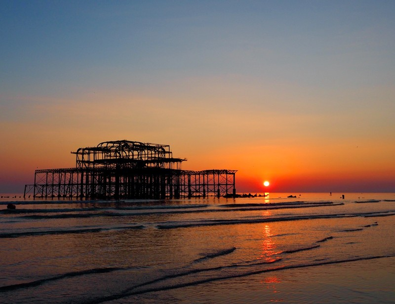 Winter time is the opportunity for fantastic sunset in Brighton & Hove, West Pier mades a beautiful setting