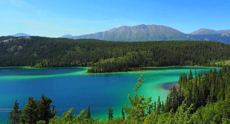Emerald Lake, Alaska Highway