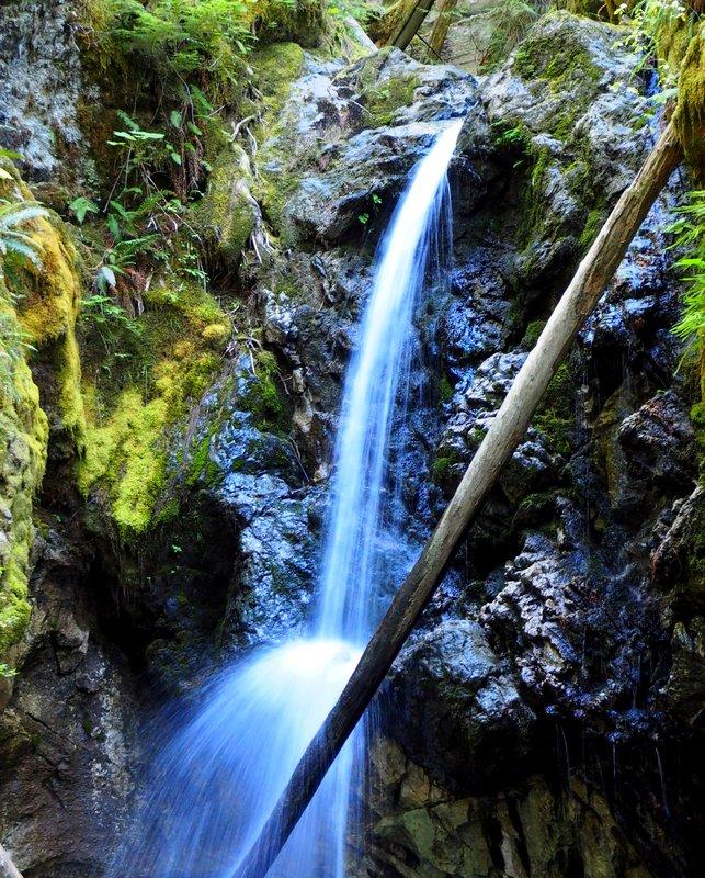 Hiking trail to a Fall
