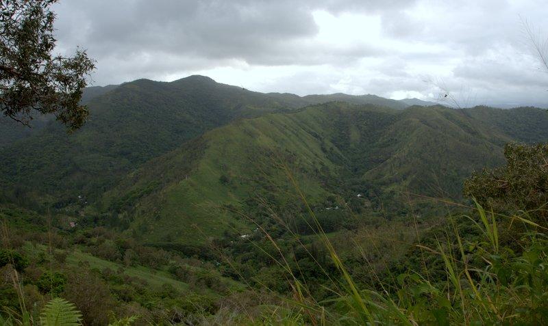 Napoemien Valley