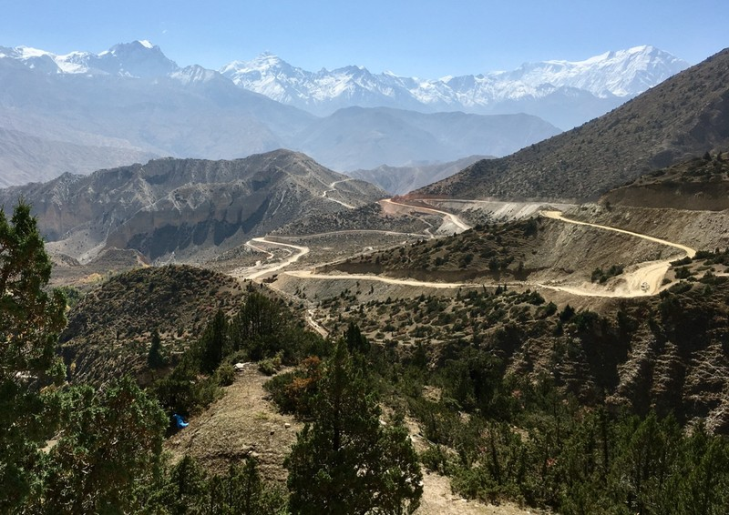 The road in the Upper Mustang