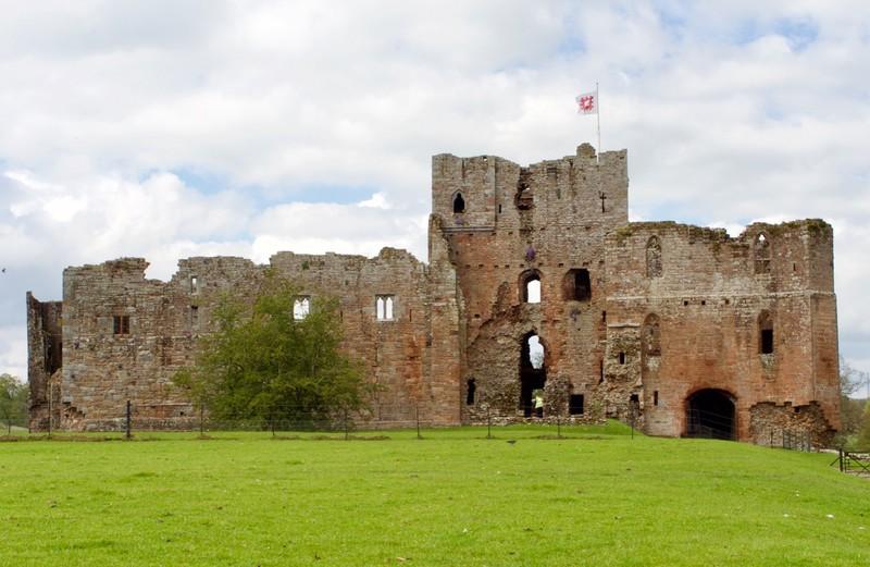 Brougham Castle (phonetic Broom)