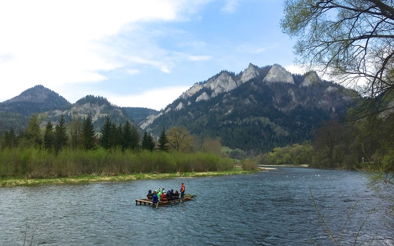 Rafting down the Dunajec River, border between Slovakia and Poland