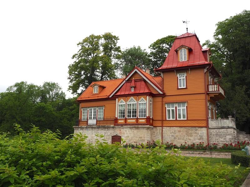 Kuressaare traditional house