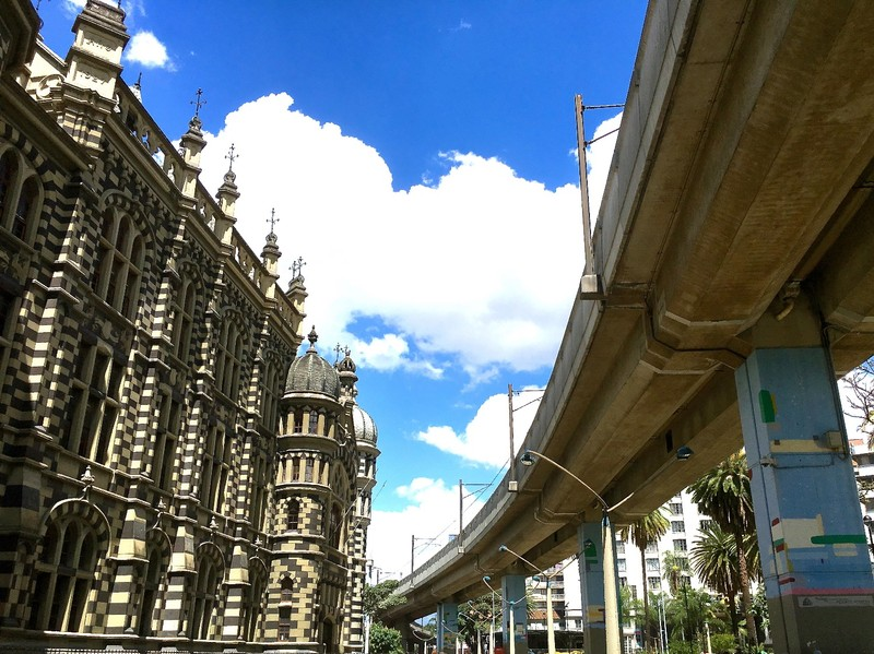 Palacio de Cultura and Metro line in Medellin