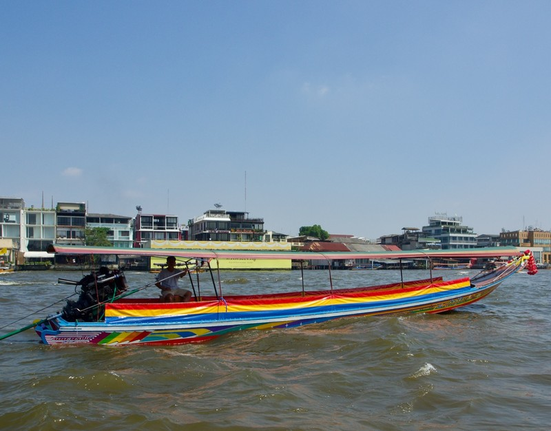 Long boat on the Phraya River