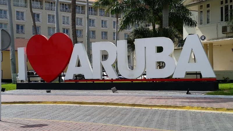 "Gotta have a pic of the ""I Heart Aruba"" sign"