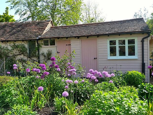 Cottages & flowers
