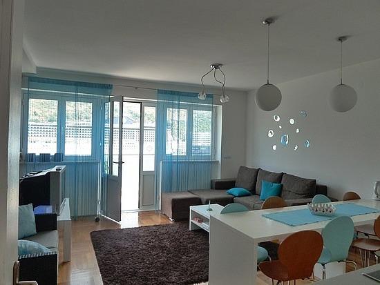 Common Room & breakfast area