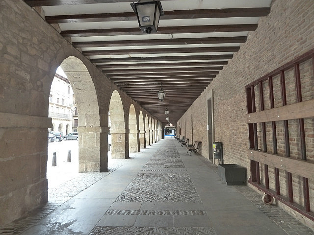 Covered square walkways