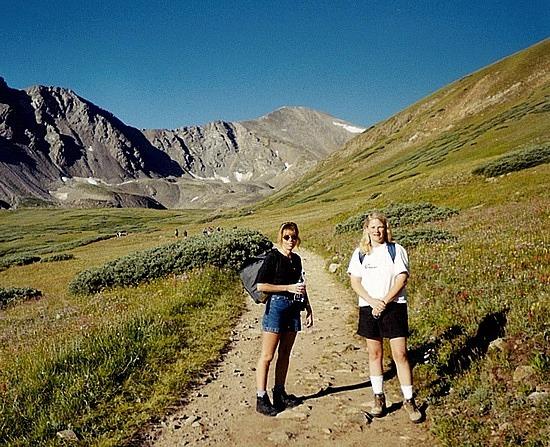 Leanne & Monica on the hike