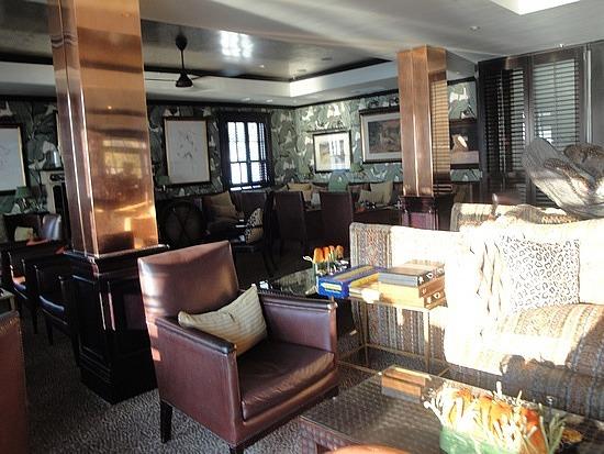 Leopard Bar