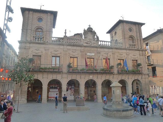 Viana town Square