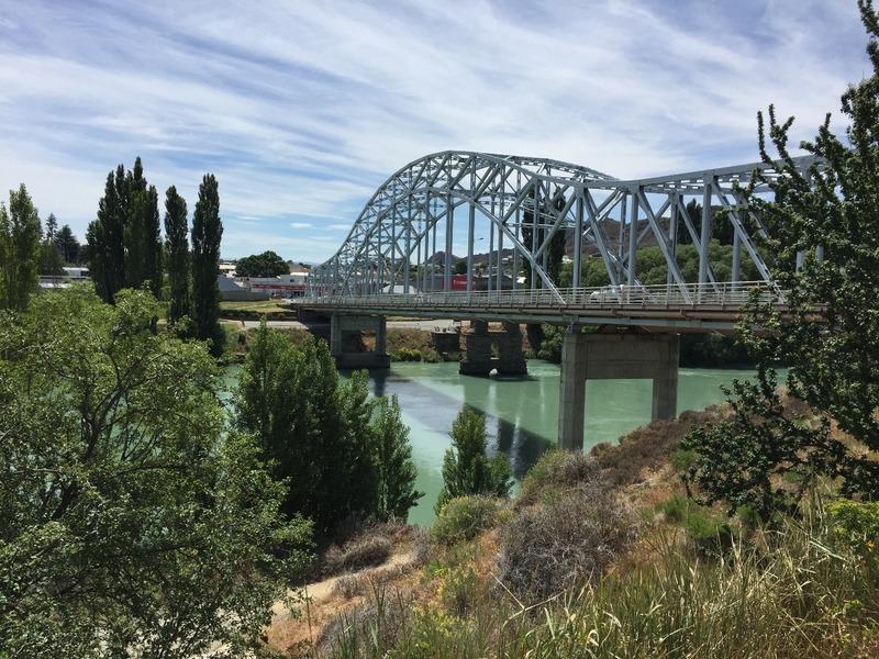 Bridge into Alexandra
