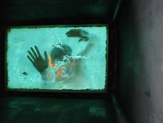 Nath & Mitch under the glass bottomed boat