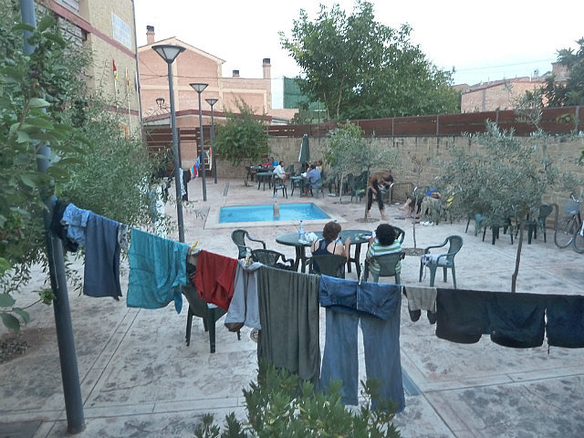 Albergue courtyard