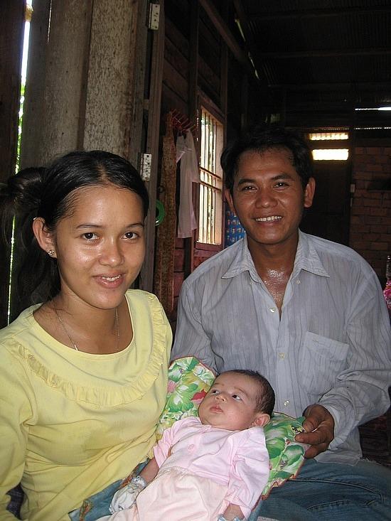 Pov, Sina & Aphagna