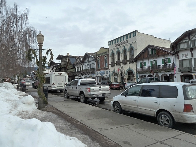 Leavenworth main street