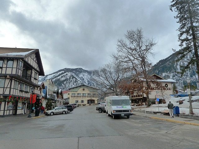 Leavenworth and mountains
