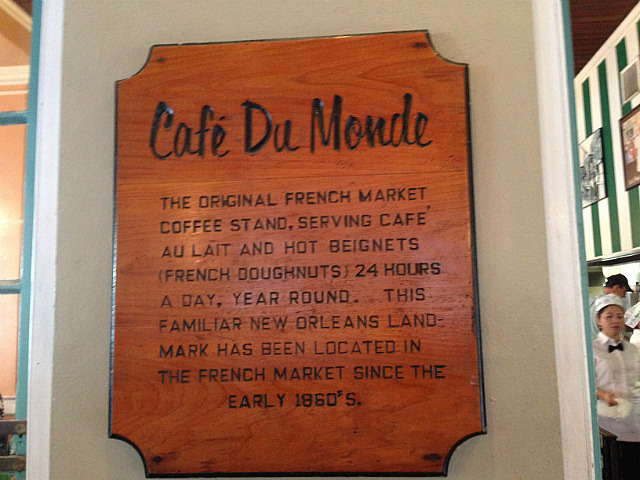 Popped in here to try a beignet