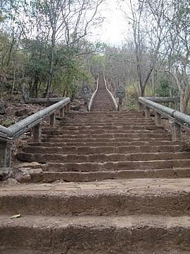Wat Banan steps