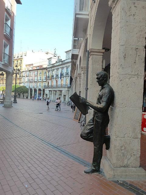 Statue at Plaza