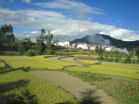 Scenery between Dali & Lijiang