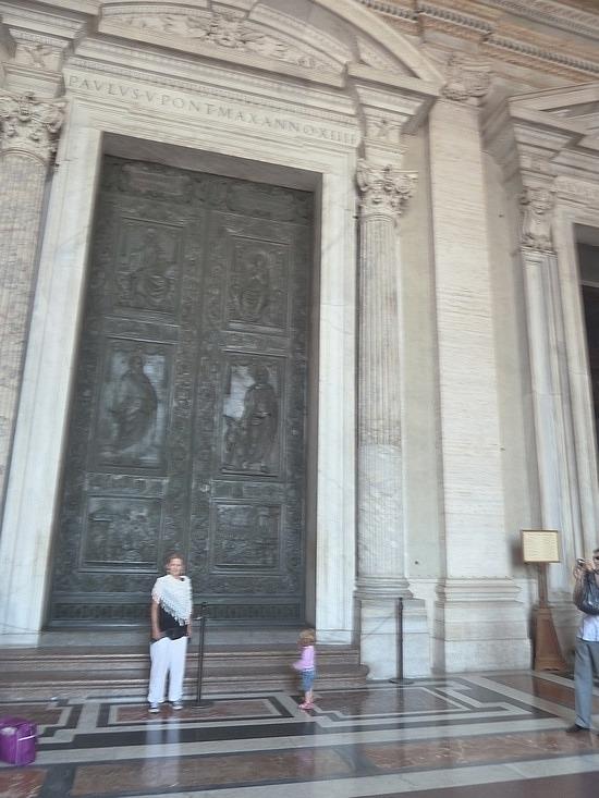 Massive door and small me