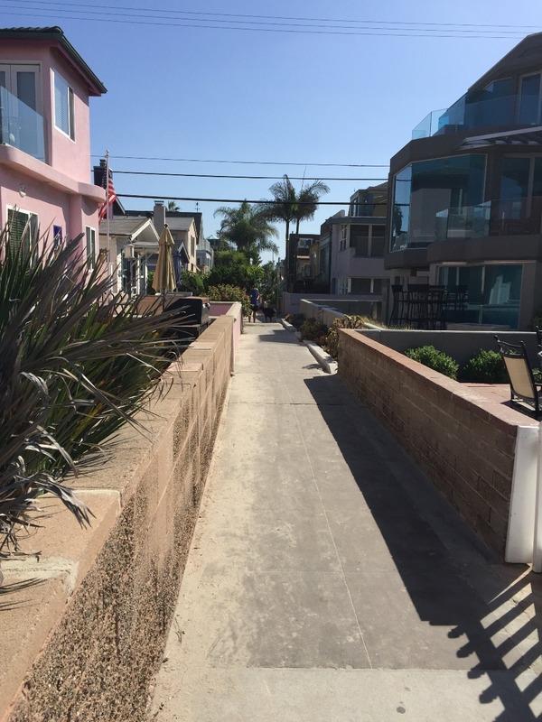 Beach laneways of Mission Bay