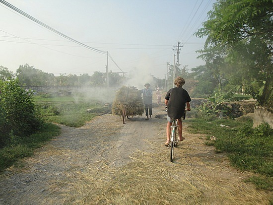 Burning off straw on the roads