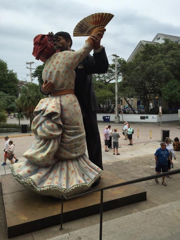 Huge dancing statues