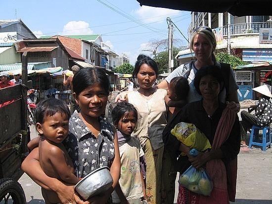 Mothers & Children begging