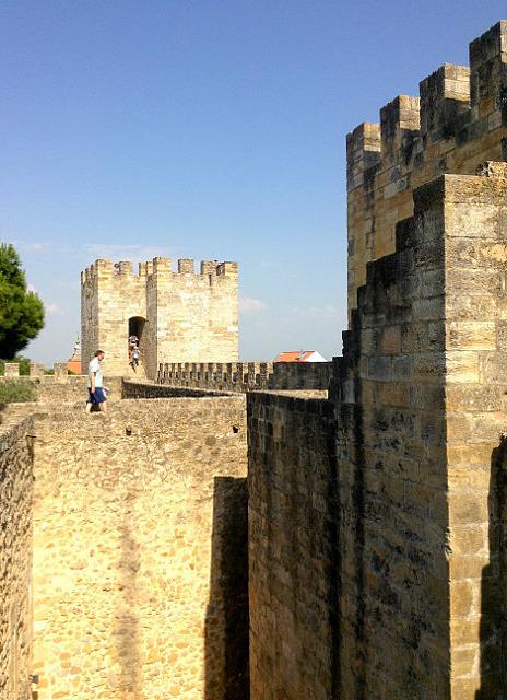 Great walls to walk around