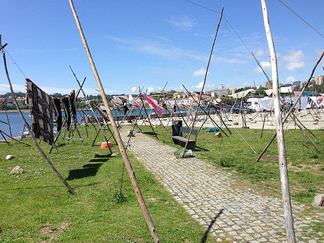 Communal clothesline