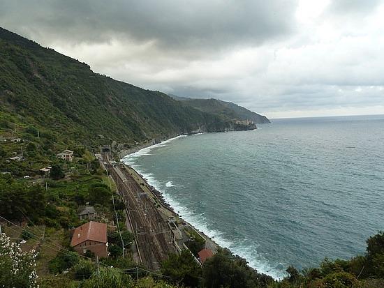 View from Corniglia to Manarola