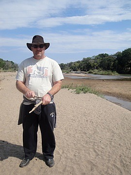 """Brad in his """" bad""""safari look"""