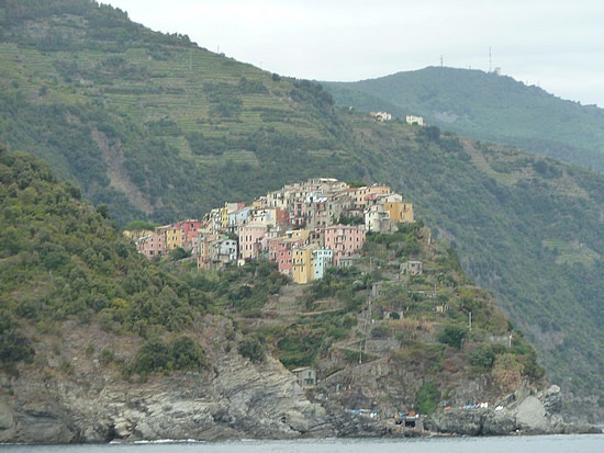 Looking to Corniglia from ferry