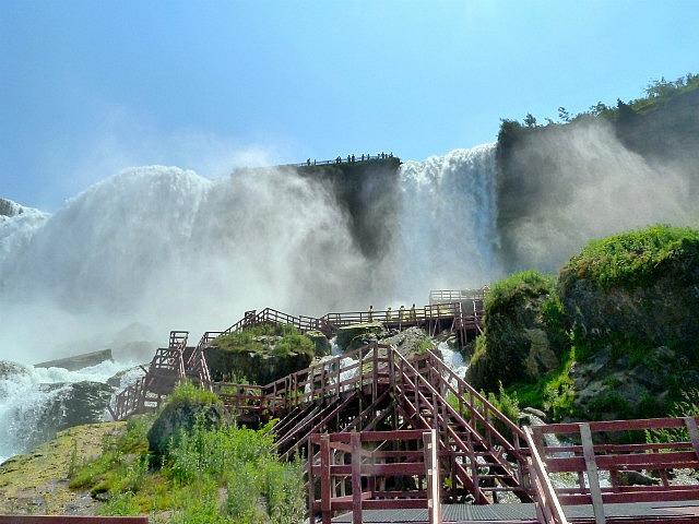 Looking up to American Falls & Bridal Veil