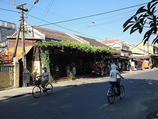 Hoi An shops