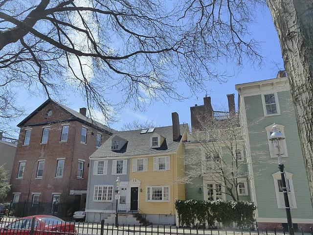 More cute houses near Bunker Hill