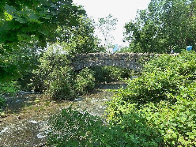 Old stone bridge to 3 sister Islands