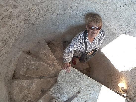 Steep stairs - Mum's legs hurt for 2 days