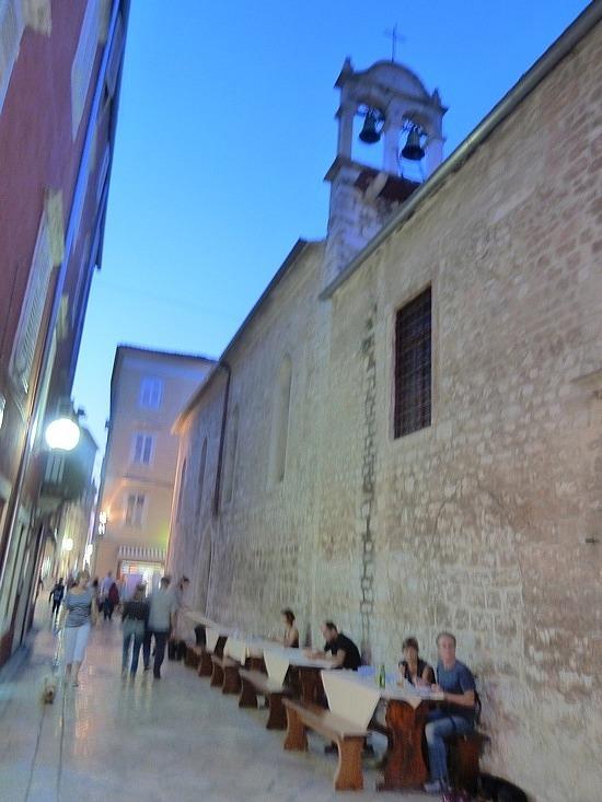 Where Mum ate dinner against the church wall
