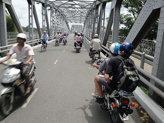 Bridge in Hue - Nath on bike