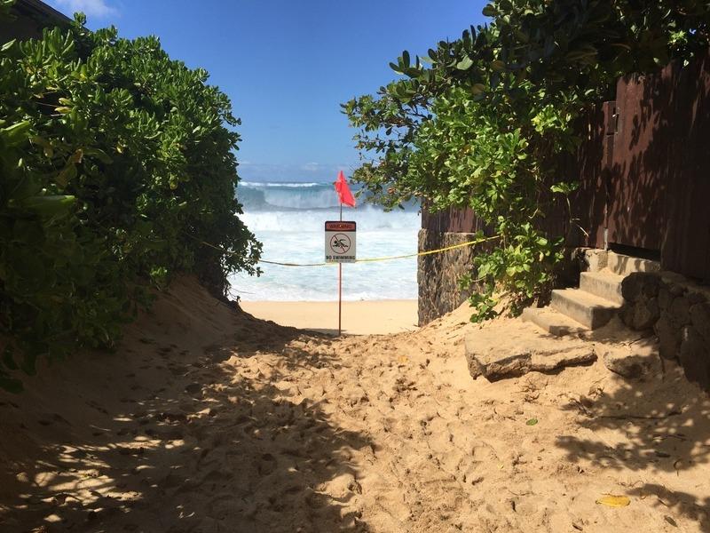 Pipeline Beach Closed