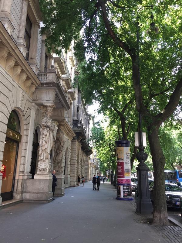 Andrassay  Street