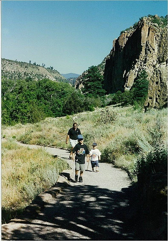 Walking to the cliff dwellings