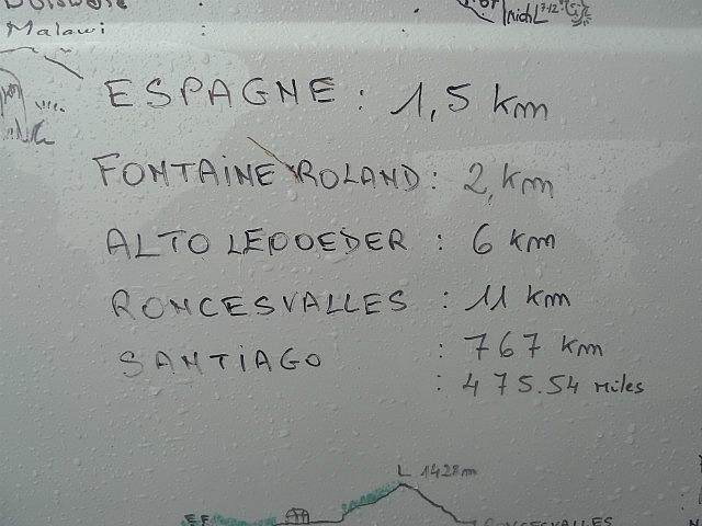 Esapgne ( Spain ) 1.5km Ronsavalles 11km