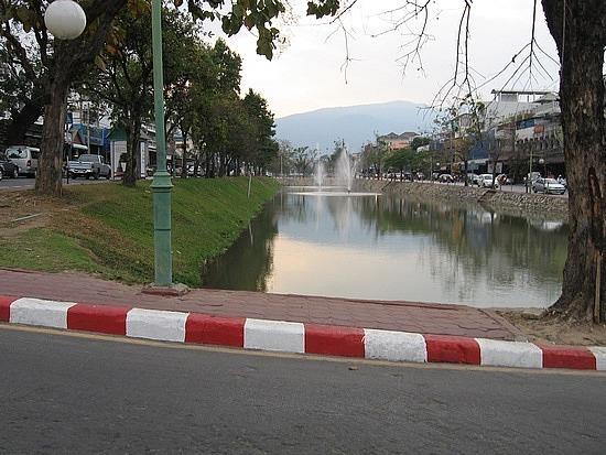 City moat