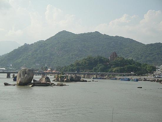 Mountains behind Nha Trang